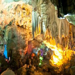 Jeskyně Hang Thien Cung